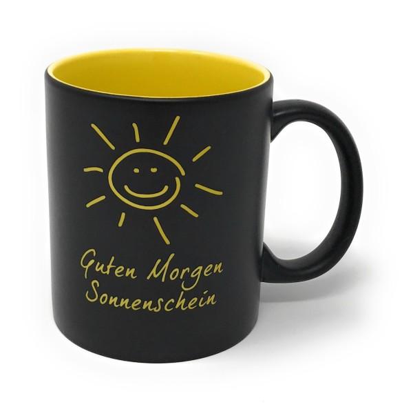 Tasse schwarz Gelb Gravur